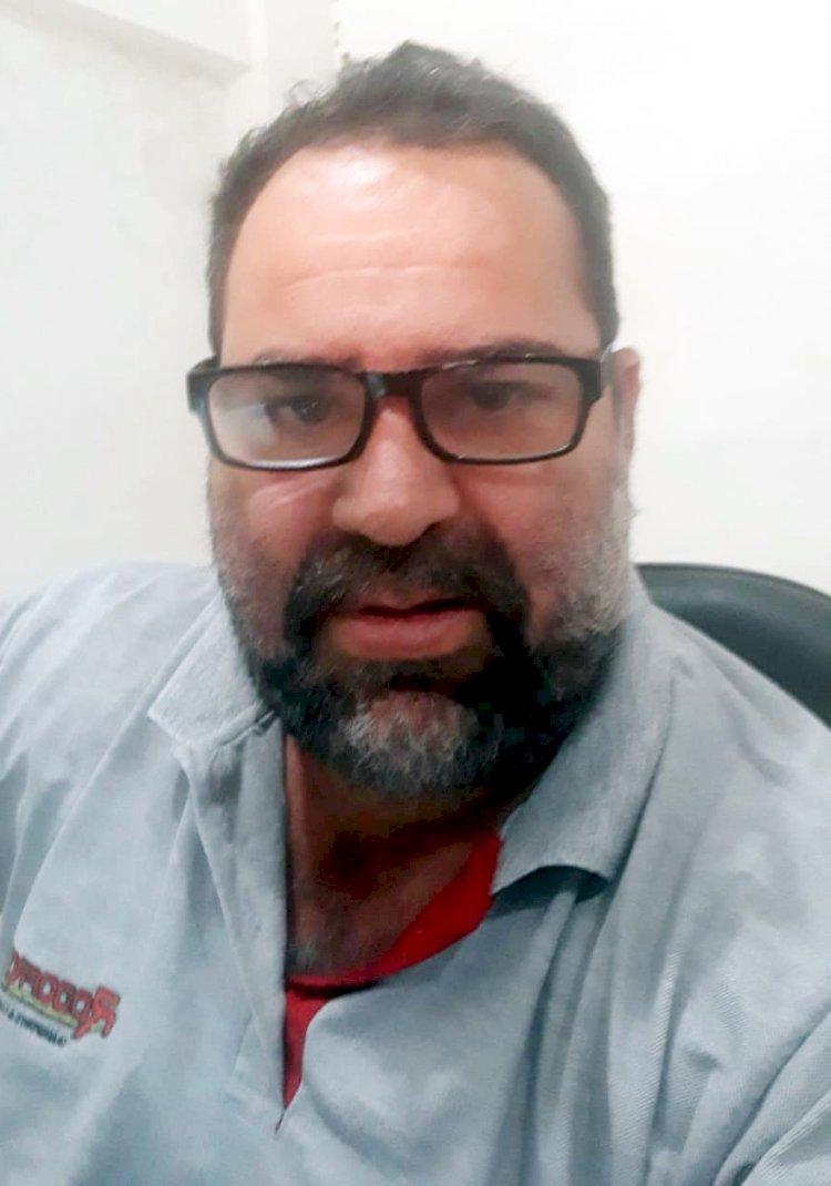 REGISTRO. Everaldo Barros completa 45 anos!